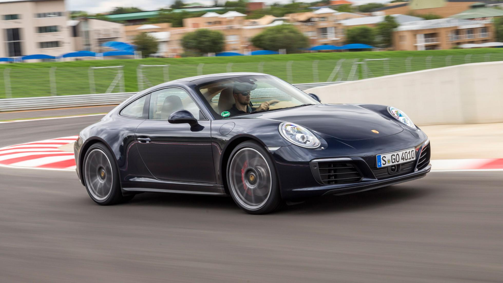 first drive the new porsche 911 carrera 4 and 4s. Black Bedroom Furniture Sets. Home Design Ideas